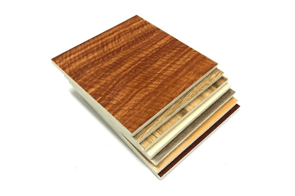 Tấm gỗ nhựa thông minh
